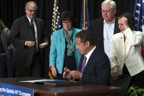 Cuomo Signs Bill, Invests in Industrial Hemp at Cornell Event